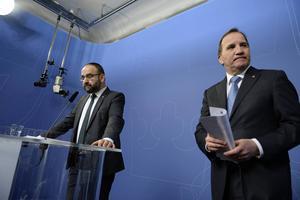 Mehmet Kaplan (MP) och statsminister Stefan Löfven (S).