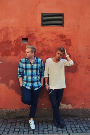 Den svenska rap-duon Norlie&KKV klättrar just nu på listorna. Senaste låten Tröjan du hatar har gjort stor succé.