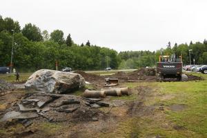 Arbete utmed Upplandsleden för en ny parkering vid Anstalt Gävle.