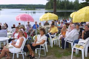 Kan den svenska sommaren bli skönare än en kväll vid Gårdsjön?
