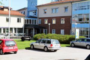 Bristerna i brandskyddet är betydligt större i Gyllengården i Edsbyn, än kommunen beräknade för två år sedan. Därför finns förslaget att bevilja tekniska nämnden ytterligare drygt en miljon.