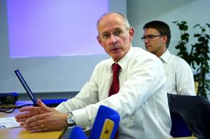 Faluchefen. Roland Wallgren är chef för HL display i Falun. Nu tvingas han säga upp anställda.