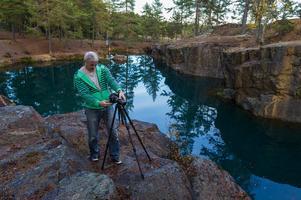 Göran Lingestål förbereder gruvlig fotografering.
