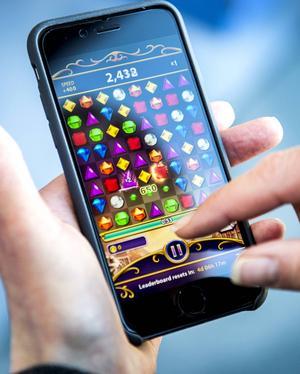 Mobiloperatörer i Sverige är skyldiga att tillhandahålla spärrmöjligheter för betaltjänster.   Foto: Marcus Ericsson/TT
