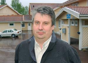 Hans Unander (S) räknar med att virkestågen på Västerdalsbanan är igång i mitten av september.