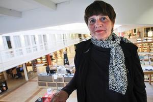 – Även om det är körigt ibland är det roligt att kunna hjälpa människor, säger konsumentvägledare Berith Landén.
