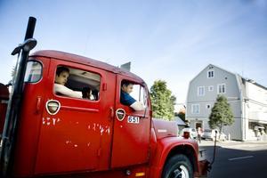 Brandbilen från 1974 är inte direkt diskret.