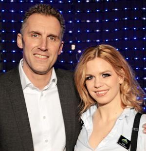 Showtimes grundare Anders Sessler och showens samordnare Linda Sollerhag.