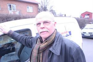 Lennart Hammarsten säljer sitt Rensam, och blir anställd på det nya bolaget stället.