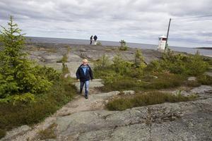Fyren är slutstationen på den guidade turen genom fiskelägret på Lörudden