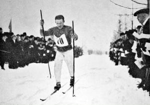 Finländaren Koskenkorva, legendarisk skidlöpare.