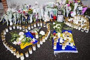 Sorg. Det var på midsommarafton som en ung kvinna avled på norr i Örebro. Först misstänkte polisen att hon blivit mördad men det visade sig sedan att hon dött av en sjukdom. Nu begär mannen som anklagades skadestånd från JK.Arkivfoto: Robin Haldert