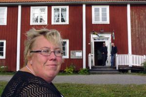 Lena Lundqvist från Njurunda har varit med att anordna släkten Nauchmans tjugonde familjefest. Den avnjöts på Njurunda Hembygdsgård på Klockarberget.