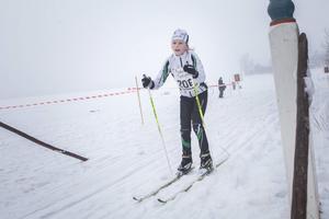 Felicia Larsson, Näsvikens IK, korsar mållinjen.