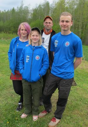 Familjen Backman lyckades, från v. bronsmedaljören Anna sedan idel guldmedaljörer Linnea, Lars och Johan Backman.