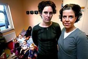 Fler barn efter nyår? Det är klart vi blir oroliga, säger Helena Sundbom och Jessica Ljung, förskollärare på Högbergsgården. Foto: NICK BLACKMON
