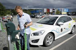 En av frågorna som engagerar Jämtkraft i Almedalen är fossiloberoende fordon – elbilar helt enkelt.