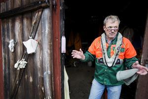 Hans Johansson, fiskare vid Göksholm, är ordförande för Hjälmarens fiskarförbund och en av de många fiskare på Hjälmaren som är orolig för vad som händer med fisket om sjön blir mindre näringsrik.