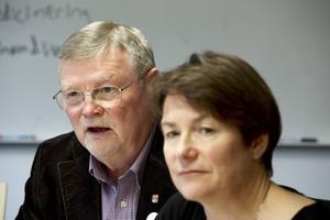 Nille är aktiv både i Morapartiet och Dalarnas sjukvårdsparti.