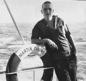 Bertil ombord på Martin Thore, fartyget han lämnade i den franska hamnstaden.