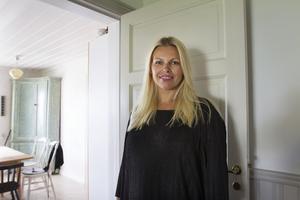 Maria Nordin passar på att vistas i hemstaden Sundsvall under sin semester.