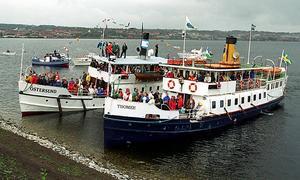 Ångarna Thomée och systerbåten Östersund finns med på tävlingens fotolista.