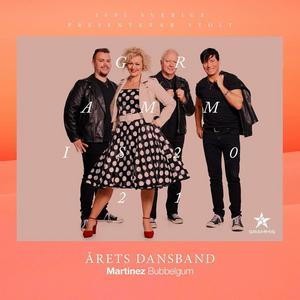 Martinez medlemmar, från vänster: Daniel Ingemarsson Wik, klaviatur. Sandra Estberg, sång,  Tommy Bengtsson, gitarr och sång och Danne Strandberg, trummor.
