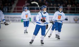 Markus Kumpuoja och hans Finland föll med 2–8 mot Ryssland i VM-semifinalen.