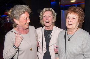 Systrarna Liselott Hammar, Rosita Eklund och Rosmarie Molinder hade en kul kväll.