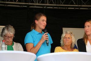 Caroline Dieker (M) är beredd att komma överens om sakpolitik med alla partier - även SD. Bilden är tagen vid NA:s livesända debatt den 15 augusti. Arkivbild.