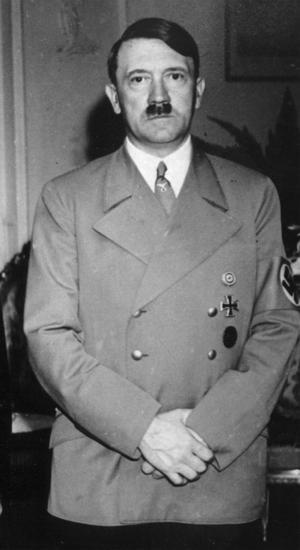 Adolf Hitler dolde inte vad han ville åstadkomma. Ett krig skulle innebära