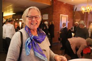 Karin Viksten har varit på The Metropolitan i New York, men tycker att sändningen i Bräcke är nästan lika häftig.