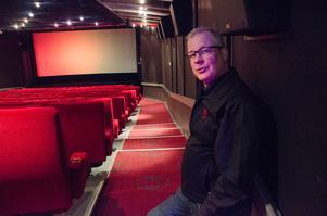 Den 18 mars fyller Biostaden Östersund 100 år. Under dessa år har många förutspått biografernas död, men det tror inte Svenne Jonsson, platschef sedan 1996, på.