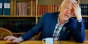 Lars Kallsäby (C) har suttit i alla nämnder och styrelser i Västerås stad. Första uppdraget var i styrelsen för renhållningsverket 1982. Ännu har han mycket att lära om pressfrihet.