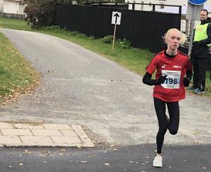 Ellen Persson, Högby, vann Åstadsloppet på 1.20.27.