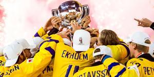 Tre Kronors jubel efter andra raka VM-guldet i Köpenhamn. Foto: Ludvig Thunman.