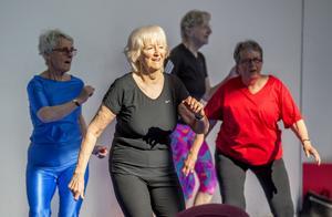 Christina Ekesund, 76, vårdar sin kropp med regelbunden träning.