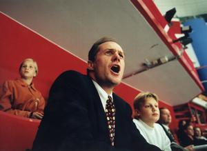 Peter Gudmundsson på läktaren i Globen under tiden som klubbdirektör i Djurgården. Foto: Yvonne Åsell/Scanpix