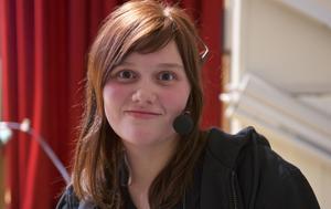 Jessica Jesse Persson får kommunens idrottsstipendium.