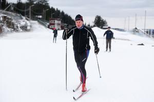 Motionären Ove Källström är en flitig skidåkare som redan tidigare åkt i skidtunneln i Gällö.