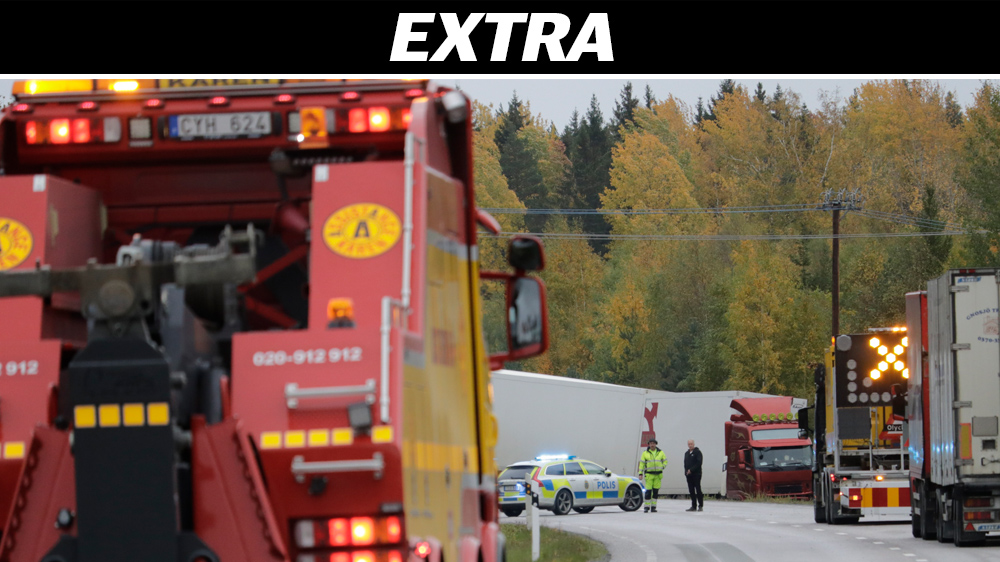 Man ihjalklamd mellan lastbilar