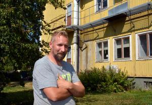Numera äger mjölkbonden  Hans Lindbom Boda gård.