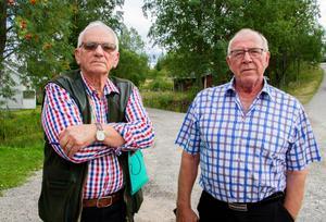 Olav Nordström och Gunnar Högberg planerar att starta en arbetsgrupp och samla in namnunderskrifter, för att få kommunen att uppmärksamma fortkörningen genom Los.