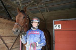 Anna Isabelle Karlsson från Örebro tävlade med sju olika hästar och Chipen Boy var en av dem.