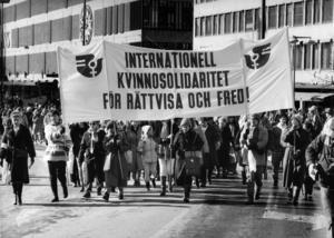 Internationella kvinnodagen  Engagemanget bör finnas årets alla dagar f10700d8bf185