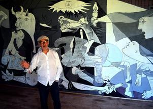 Jordi Arkö har målat en kopia av Guernica, en av Picassos mest kända målningar.
