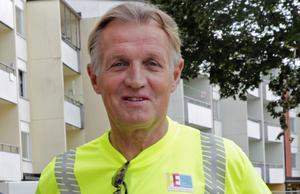 Bengt Asplund har varit verksam i byggbranschen i över 40 år och är i dag anställd av konsultföretaget Projektengagemang. Han har även en elitkarriär på cykel bakom sig.