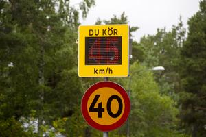 45 kilometer i timmen var snitthastigheten på vägen när kommunen undersökte saken.