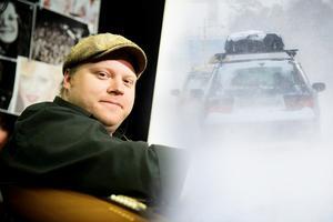 Billy Opel har tröttnat på fjällturisterna i bilar med takboxar som kör alldeles för fort genom Dalarna. Foto: Jonatan Svedgård / Johan Nilsson/Scanpix