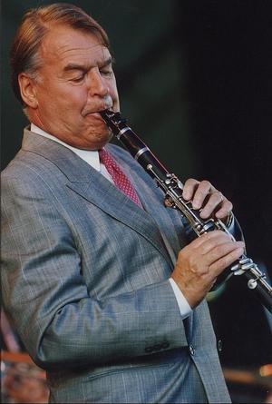 Musikern Putte Wickman och hans klarinett. Bilden är från 1991. Foto: TT